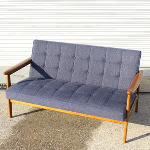 T787) カリモク60 Kチェア タープブルー ラバートリー 幅133 2シーター ファブリック Karimoku 2P 椅子 家具 インテリア