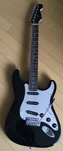 綺麗なストラトキャスター タイプ Mavis エレキギター