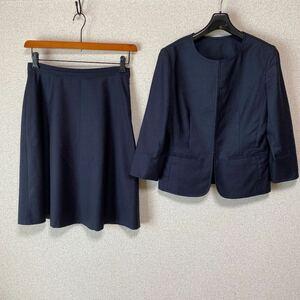 スーツカンパニー ノーカラー スカートスーツ 上38下40 W70 濃紺 DMW