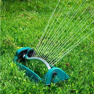 ◆1円スタート◆ホースに接続するだけでスプリンクラーの完成!芝生 ガーデニング 散水 園芸 水やり AT9950