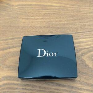 Diorアイシャドウ サンククルール 566