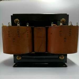 スコット結線変圧器(三相/二相)