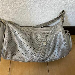 銀のショルダーバッグ 【すごく軽い】