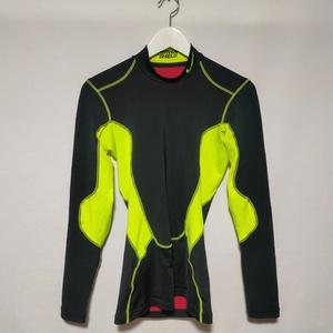 ナイキ NIKE PRO COMBAT インナーシャツ ハイネック Tシャツ ストレッチ 長袖 S 黒 ブラック メンズ /R