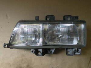 r383-53 ★ UD トラックス アトラス 純正 ヘッドライト 左側 助手席側 H13年 KK-BKR71LR 140-3 いすゞ エルフ