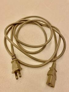 電源ケーブル 3Pソケット2Pプラグ/アース線なし グレー、7A 125V 240 cm 使用済