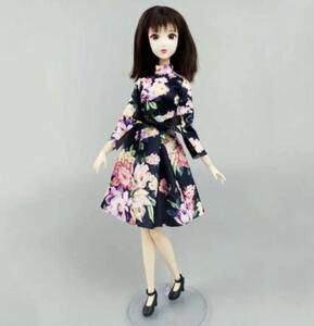 花柄ワンピースリカちゃん・バービーちゃん・ブライス・お人形さん用 ハンドメイド momoko outfit ジェニー リカちゃん