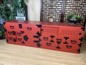 送料無料☆民芸家具、和引き戸付きタンス2点セット(からくり箪笥+引き戸箪笥)朱、飾り棚チェスト、収納、和、木製、和室和風、桐材無垢
