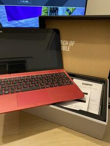 asus タブレット型ノートPC