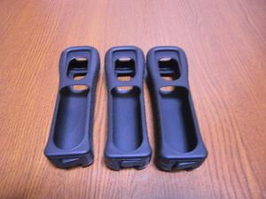 J041【送料無料】Wii リモコンカバー ジャケット 3個セット(動作良好 クリーニング済)黒 ブラック