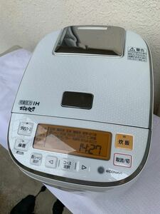 可変圧力炊飯ジャー 5.5合 panasonic SR-PA105 2015年製 傷有り