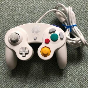 ゲームキューブコントローラー スマブラ ホワイト
