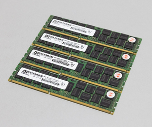 1333MHz 16GB 4 шт  набор   итого  64GB MacPro использование  память  над  2009 2010 2012 модель  использование  240pin DDR3 10600R RDIMM ECC  проверено на работоспособность  #0917A