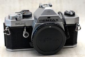 PENTAX ペンタックス 人気の高級一眼レフカメラ MXボディ+ (DIAL DATA MX付) 作動品(腐食無し)