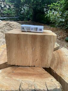 ヤマザクラ(赤身)薪割り台 非常に硬い バドニング