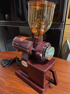 新品未使用電動コーヒーミル 赤 変換アダプター付き 即日発送