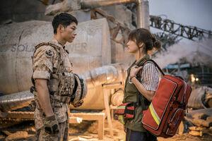 韓国ドラマ 「太陽の末裔」 DVD版 8枚セット 全話収録