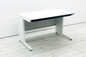 コクヨ KOKUYO ISシリーズ 平机 トレイ付 中古 平デスク 事務机 W1200 中古オフィス家具 ホワイト