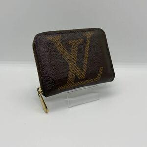 LOUIS VUITTON ジャイアント モノグラム ジッピーウォレット 財布