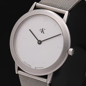 1円◎稼働品◎【カルバンクライン】スイス製 シルバー文字盤 純正ベルト QZ メンズ腕時計 A0134203