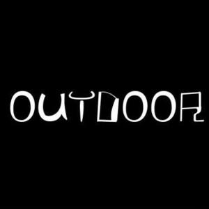 【全13色】カッティングステッカー「OUTDOOR」横14cm◆アウトドア キャンプ 車 バイク ツーリング 男 メンズ 山 登山 BBQ おしゃれ