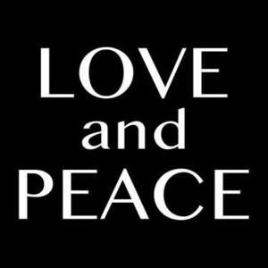 【全13色】カッティングステッカー「LOVE and PEACE」横12cm◆ラブアンドピース 愛と平和 英語 おしゃれ カッコ良い 車 スケボー スノボー