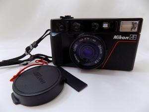 キングラム[23]-8039 NIKON ニコン L35 AF フィルムカメラ コンパクト レンズ/35mm 1:2.8 ヴィンテージ レトロ ※動作未確認 @H108