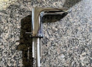 TOTO 水栓 洗面 混合水栓 TLG04201J ハンドル無 現状