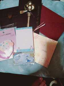 可愛い♪招待状 ウェディングカード 結婚式 封筒のみ おしゃれ アリス メッセージカード インナーカードなし メモ帳 マカロン うさちゃん