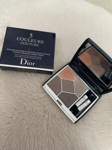 Dior アイシャドウ サンククルール クチュール 679