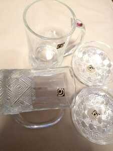 昭和レトロ アデリア シール付 新品ガラスジョッキとミニボウル2個づつセット 宅飲みに プレスガラス マグカップ 小皿 石畳