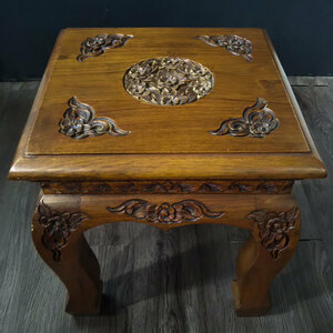 花台 サイドテーブル 高さ約30㎝位 木彫り 彫刻 飾り台 盆栽台 オブジェ台 置台 花瓶飾り 棚 正方形 インテリア