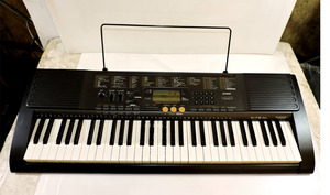 CASIO カシオ 光ナビゲーションキーボードLK-113 電子キーボード 中古品