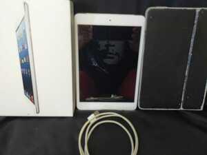 【送料無料】iPad mini(白)16GB 第一世代 Wi-Fi + Cellular (MM):A1455■箱・充電ケーブル・本体カバー付き