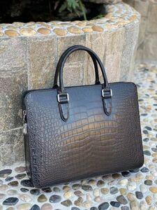 ワニ革 クロコダイルレザー 全腹部 大容量 ビジネスバッグ 本革 ブラック 鞄 メンズバッグ ブリーフバッグ ダイヤルロック式 黒