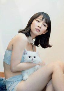 吉岡里帆_8 女優 Lサイズ写真10枚