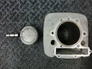 SRX600 純正 シリンダー ピストン セット ジャンク ボアアップベース 部品取りに