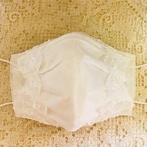 ハンドメイド立体インナーorカバー (2wayタイプ)生成り生地に ばら刺繍ホワイトチュールレース