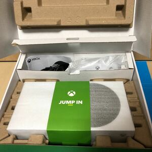 Xbox Series S 開封済み 箱へこみ汚れあります 本体新品同様