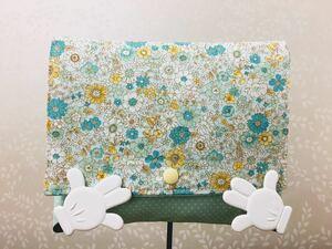 ●ハンドメイド●花柄 移動ポケット クリップつき スナップ開閉 黄緑色