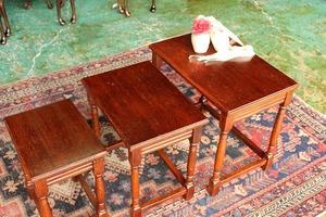 イギリスアンティーク家具 ネストテーブル コーヒーテーブル テーブル 英国製 j158