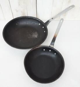 厨房器具 業務用 プロ *大型フライパン   アルミフライパン  *アルミ鋳造  *38cm / 29cm メーカー不明