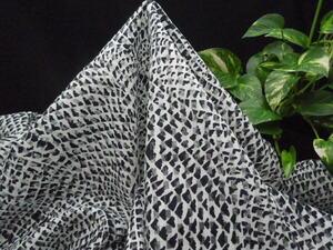新入荷!掘り出し品!イタリー製!高級ブランドオリジナル!なかなか手に入らない!透かし織り!ミッドナイトブルー140cm巾×1.4m(約1.5m)