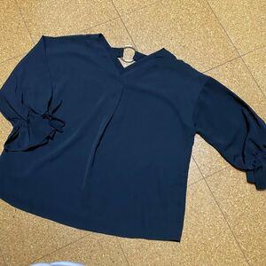 袖フレア 両Vネック リング付き ブラウス トップス Mサイズ 黒 ブラック リボンブラウス 5分袖