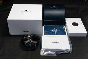【美品】CASIO オシアナス OCW-T2600L-1AJF メンズ腕時計
