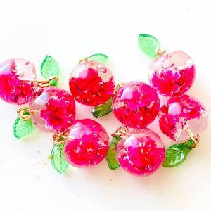 No.23 ハンドメイドパーツ レジンパーツ フルーツ りんご チャーム 果物チャーム イヤリング ピアス