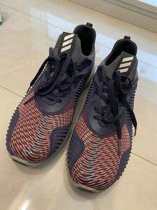 adidas ランニングシューズ