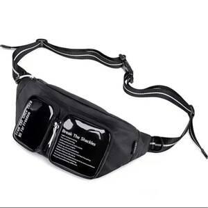 新品ウエストバッグボディバッグ ショルダーバッグ 斜め掛けバッグおしゃれ軽量防水
