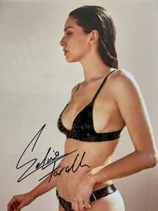 米国ファッションモデル 歌手 セリーヌ・ファラク直筆サイン マイアミ出身 シンガーソングライター 大判ハードケース入り 縦30×横20