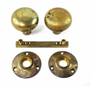 【S1376】希少!無垢の真鍮製アンティークのドアノブセット 古い建具金具レトロビンテージ金物取っ手持ち手古民家リノベに